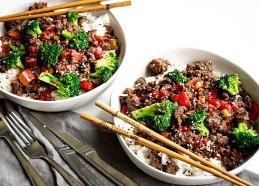 Sesame Beef & Broccoli Bowls with Steamed Rice