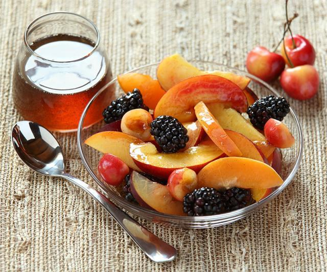 Blackberries and Stone Fruits with Vanilla-Honey Syrup